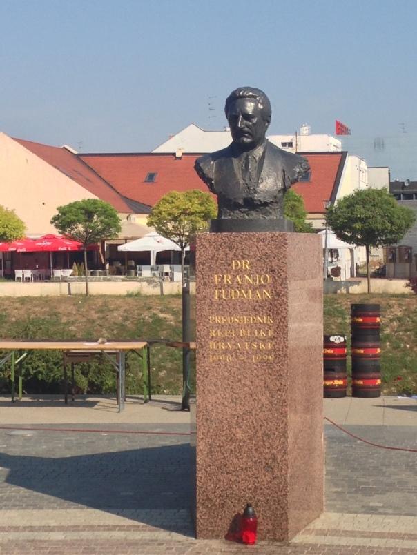 Ilok & Vukovar - county of Vukovar-Sirmium Statue